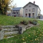 Escalier et maison, Champagnat